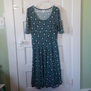 Lularoe medium Nicole dress